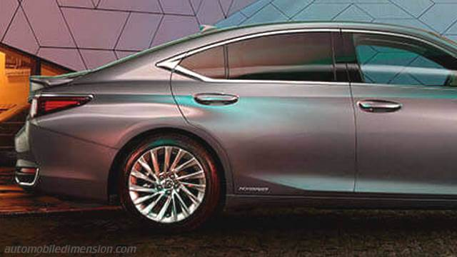 Lexus Es 2019 Dimensions Boot Space And Interior