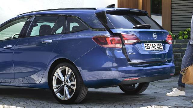 Opel Astra Sports Tourer 2020 Dimensions Boot Space And