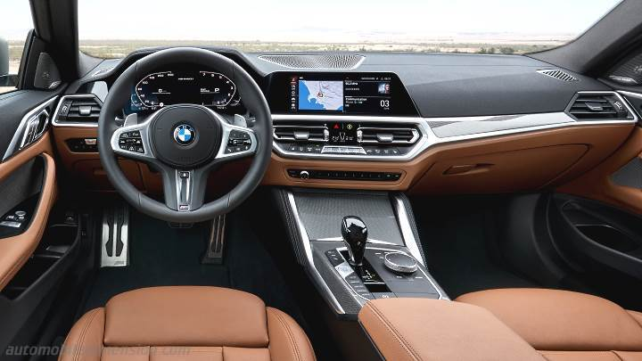 BMW 4 Coupe 2020 dashboard