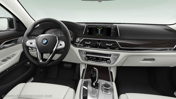 BMW 7 2019 dashboard
