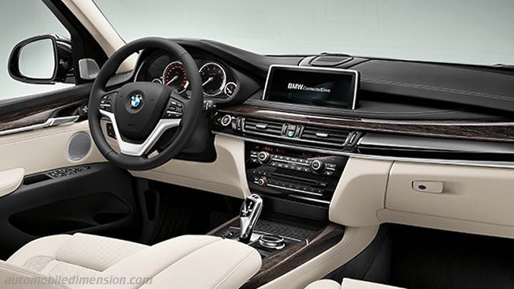 1104522 8 Great Interior Features Of The 2017 Bentley Mulsanne besides Cherokee 2 in addition Watch together with 1103138 behind The Scenes Porsche Mission E Concept Design Video furthermore 1096213 laferrari Demolishes Bugatti Veyron In Drag Race Video. on grand cherokee