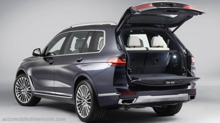 BMW X7 2019 boot