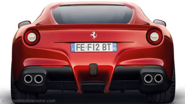 Ferrari F12berlinetta 2012 boot