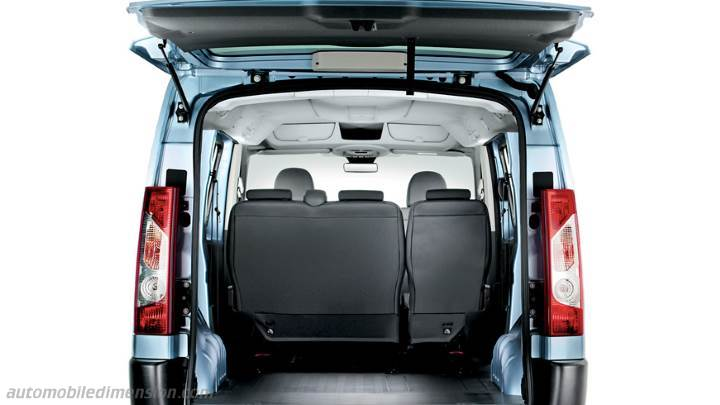 dimensioni fiat scudo combi 2012 bagagliaio e interni. Black Bedroom Furniture Sets. Home Design Ideas