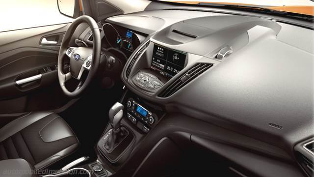 Ford Kuga 2013 dashboard