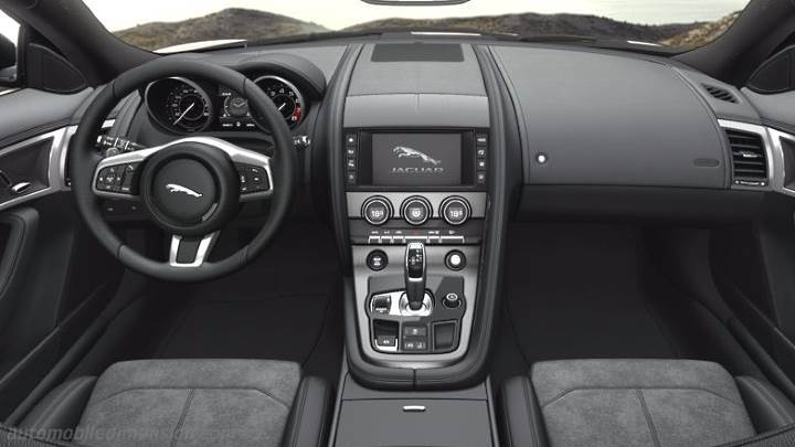 Jaguar F-TYPE Coupe 2017 dashboard