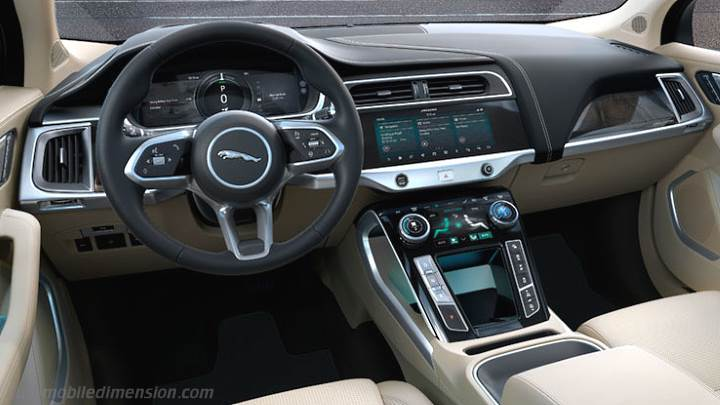 Jaguar I-PACE 2018 dashboard