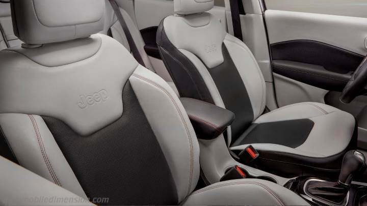 Jeep Compass 2017 dimensions, boot space and interior