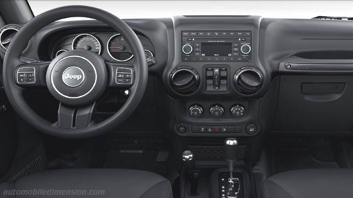 Jeep Wrangler Unlimited 2011 dashboard