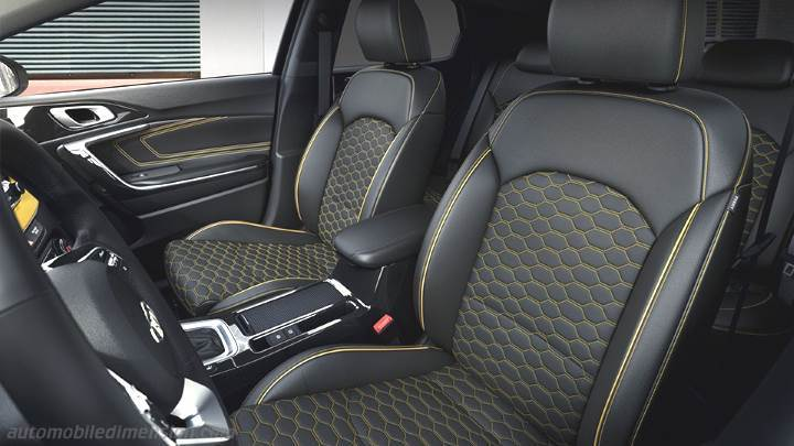 Smart Car Interior >> Kia XCeed 2020 dimensions, boot space and interior