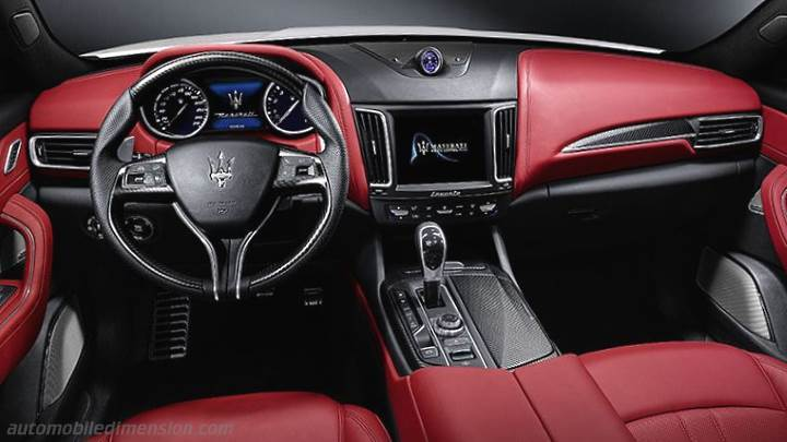 Maserati Levante 2016 dashboard