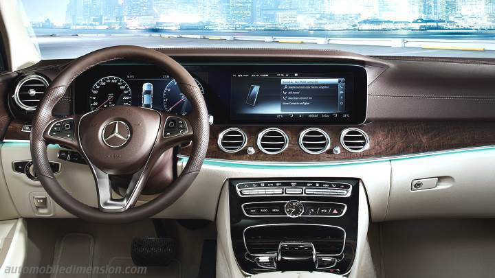 Mercedes-Benz E Estate 2016 dashboard