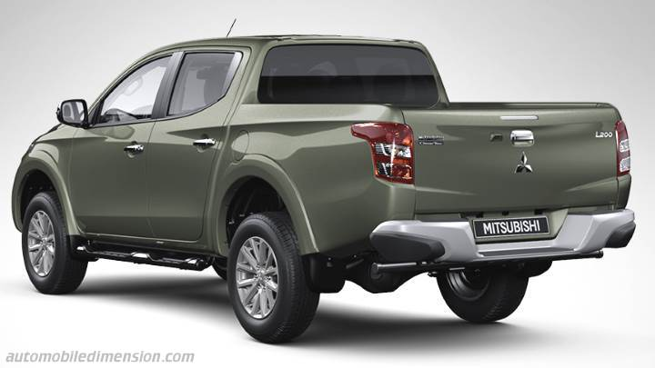 Mitsubishi L200 2015 diions, boot space and interior