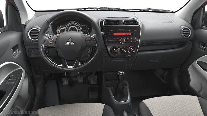 Mitsubishi Space Star 2016 dashboard