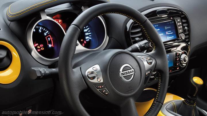 Nissan juke 2014 dimensions boot space and interior for Interior nissan juke