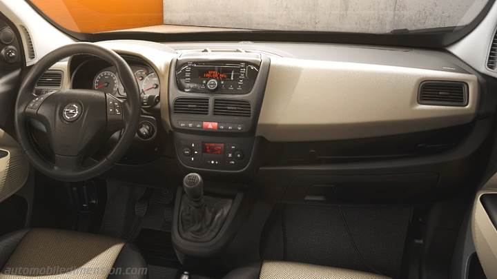 Cruscotto Opel Combo Tour 2012