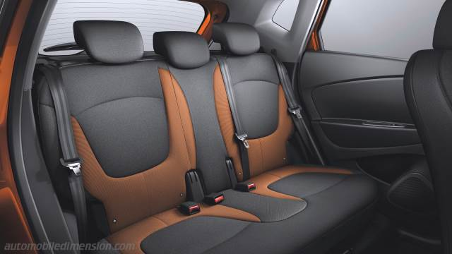 Renault Captur 2013 dimensions, boot space and interior