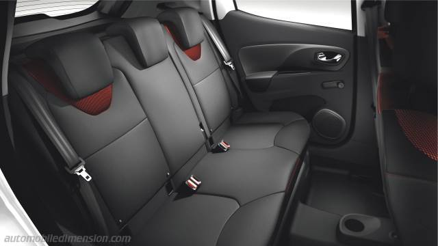 Renault Clio 2013 dimensions, boot space and interior