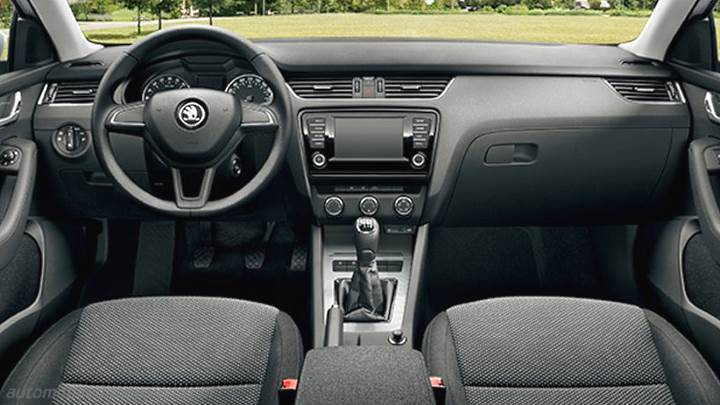 dimensions skoda octavia combi 2013 coffre et int rieur. Black Bedroom Furniture Sets. Home Design Ideas