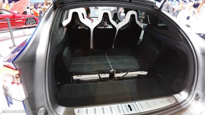 Tesla Model X 2016 kofferbak