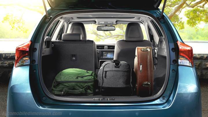 Toyota Auris Touring Sports 2015 Dimensions Boot Space