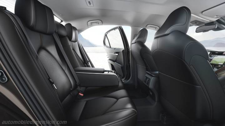 Toyota Camry 2019 interieur