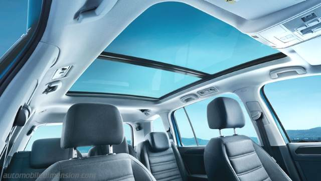 Dimensions volkswagen touran 2016 coffre et int rieur for Touran interieur 7 places