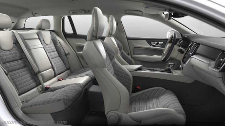 Volvo V60 Cross Country 2019 interieur